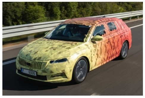 The new Skoda Octavia 2020 reveals itself with camouflage 'suit'
